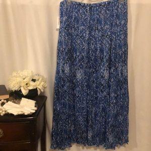 NWT Roz & Ali skirt size XL